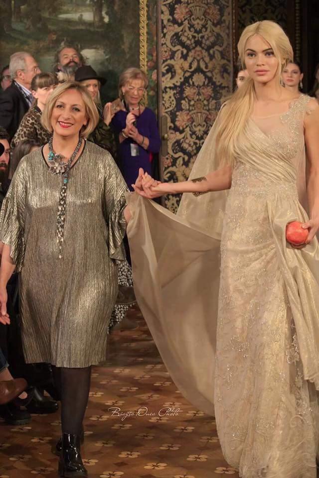 c34e1434a93 Да откриеш ревюто на Юлия Федетска и да закриеш модната колекция на Кармен  Клементе е чест, която бе дадена на българската красавица, родом от град  Земен ...